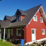 bild-223-skandinavisches-blockhaus-rot